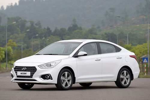 2. Hyundai Accent (doanh số: 618 chiếc).