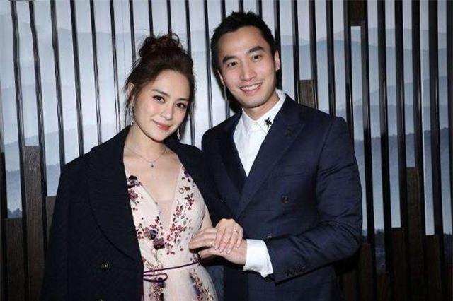 """Chung Hân Đồng nhắc nhở chồng cũ giữ """"bí mật"""" sau ly hôn - 1"""