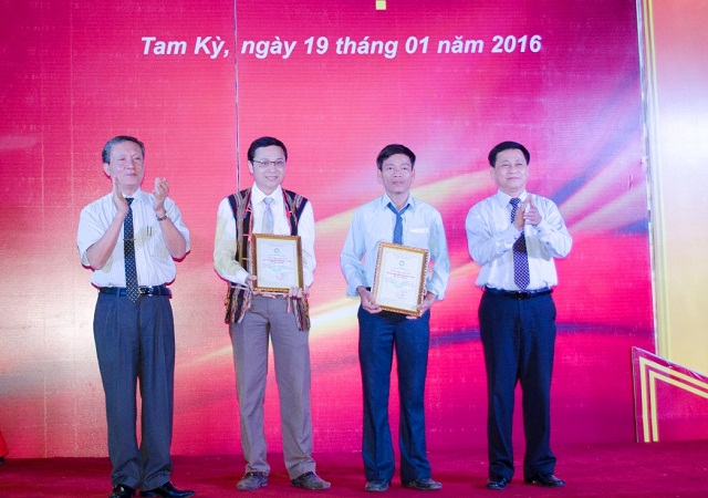 https://media.doanhnghiepvn.vn/Images/Uploaded/Share/2020/05/12/Nghe-nhan-Bui-Van-Thu.jpg