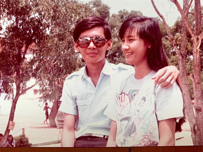Thời cấp 3 Đoan Trường đã thích ăn mặc như nghệ sĩ còn Hiền Mai mộc mạc, giản dị với kiểu tóc dài buông xoã. Cả hai hay xưng hô mày, tao khi còn đi học.