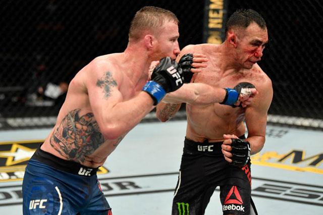 Sau 5 hiệp đấu căng thẳng, Justin Gaethje đã giành chiến thắng knock-out trước Tony Ferguson.