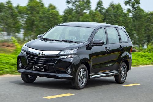 8. Toyota Avanza (doanh số: 8 chiếc).