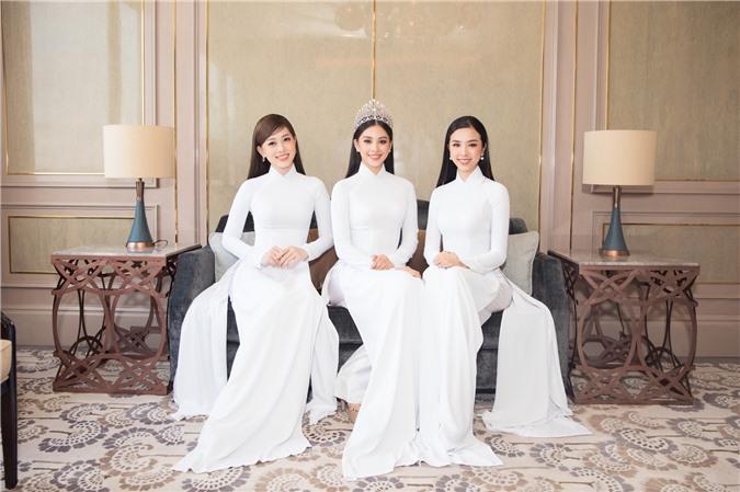 Mỹ Linh - Tiểu Vy cũng dàn Hậu 10x Vbiz đồng loạt diện áo dài trắng nền nã, tái xuất sau chuỗi ngày dài nghỉ dịch - Ảnh 9.