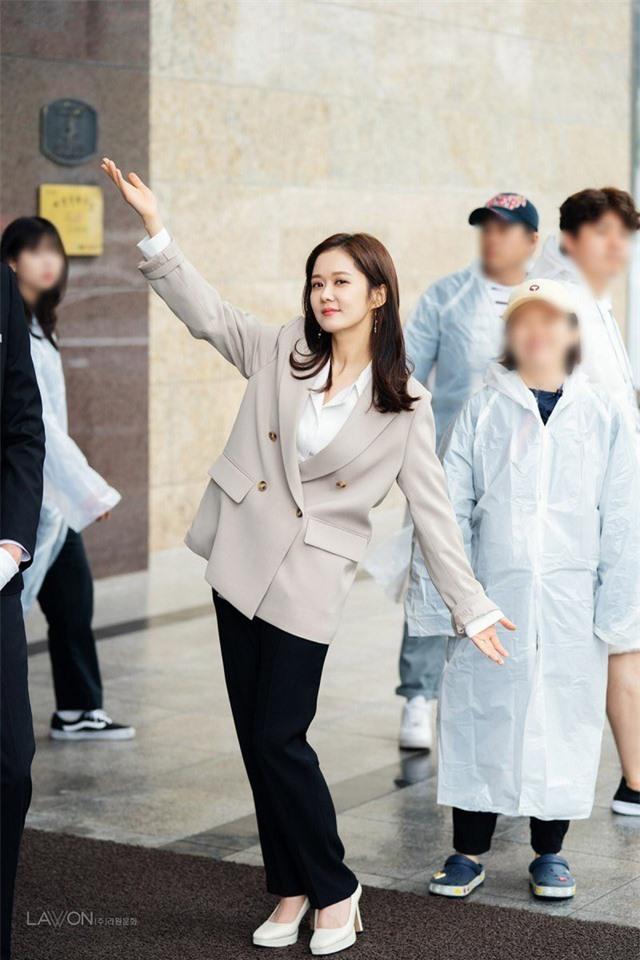 """""""Cô gái thông minh"""" Jang Nara tiết lộ lý do không lấy chồng - 4"""