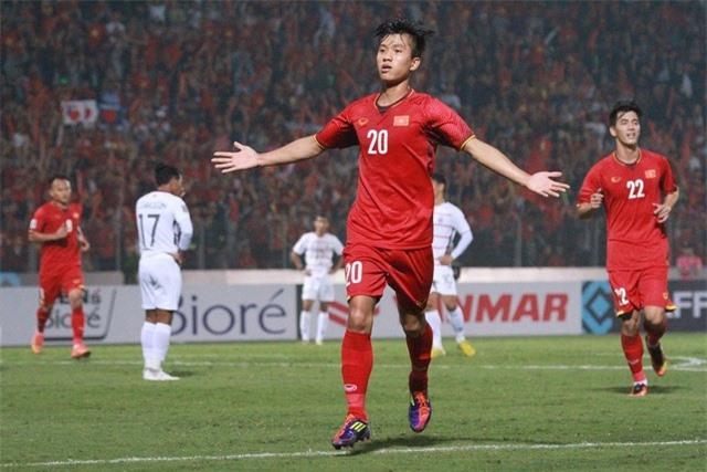 Phan Văn Đức báo tin không vui với HLV Park Hang Seo - 1