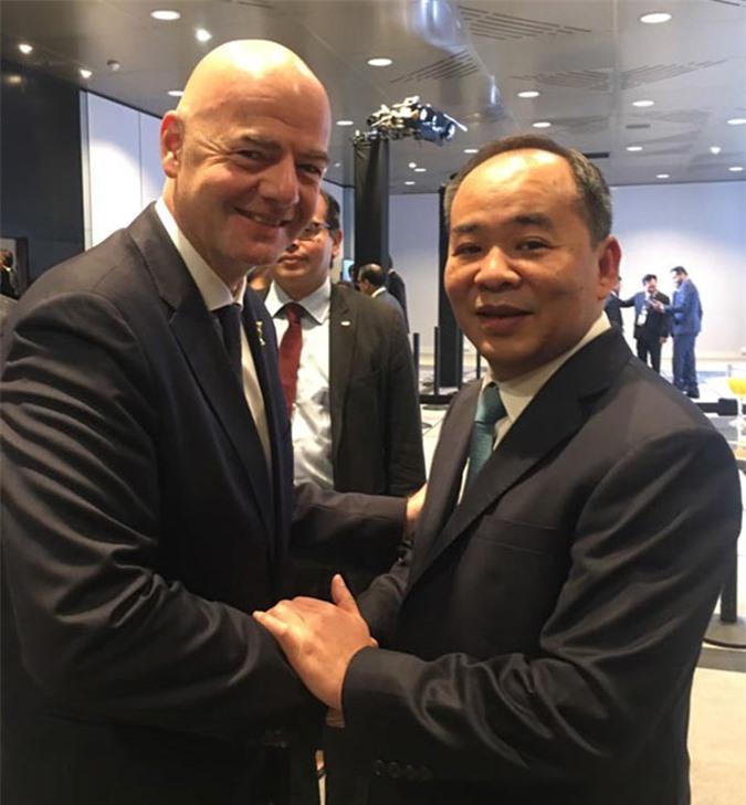 Chủ tịch FIFA Gianni Infantino và Thứ trưởng, Chủ tịch LĐBĐVN Lê Khánh Hải