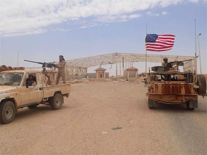 Giãy dụa trong bàn tay phù thủy của Nga, Mỹ-Israel tính tung quân ép chết Iran ở Syria? - Ảnh 1.