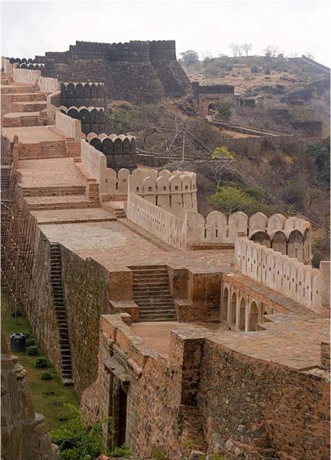 Trường thành Kumbhalgarh: Pháo đài bất khả chiến bại bí ẩn bậc nhất trên thế giới - Ảnh 3.