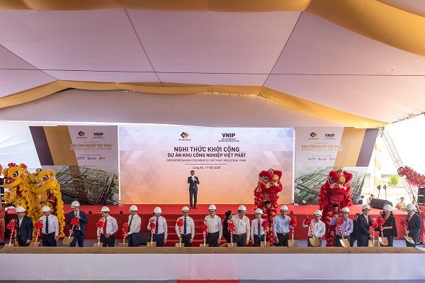 Dự án khu công nghiệp và đô thị Việt Phát được khởi công vào sáng 17/5/2020 tại Long An.