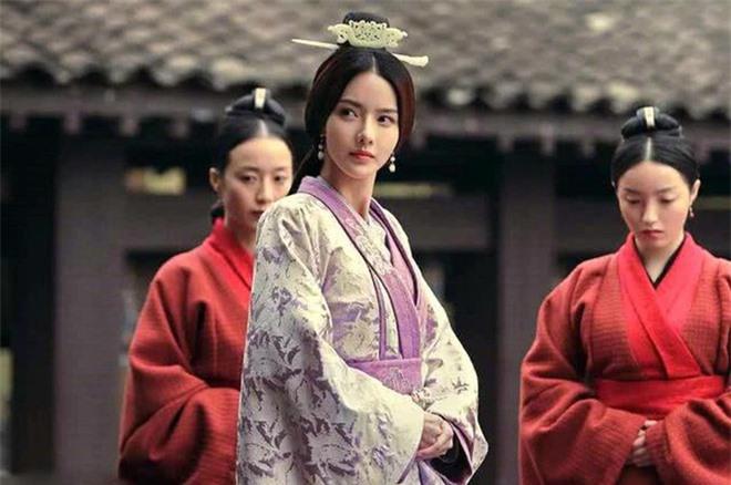Dù khét tiếng toan tính, đa nghi, ít ai biết Tào Tháo suýt mất cơ đồ vì 2 người phụ nữ này - Ảnh 3.