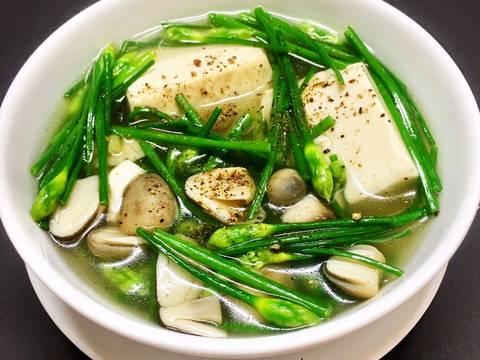 Món canh thịt lá hẹ giúp giải nhiệt ngày hè