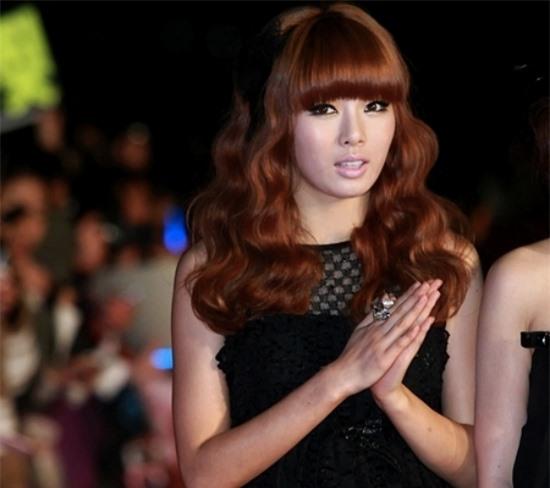 10 màn lột xác đỉnh nhất Kpop của idol nữ: 2 thần tượng bị chê xấu nhất Kpop đổi đời, Suzy - IU thành siêu sao hậu giảm cân - Ảnh 26.