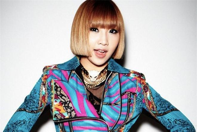 10 màn lột xác đỉnh nhất Kpop của idol nữ: 2 thần tượng bị chê xấu nhất Kpop đổi đời, Suzy - IU thành siêu sao hậu giảm cân - Ảnh 35.