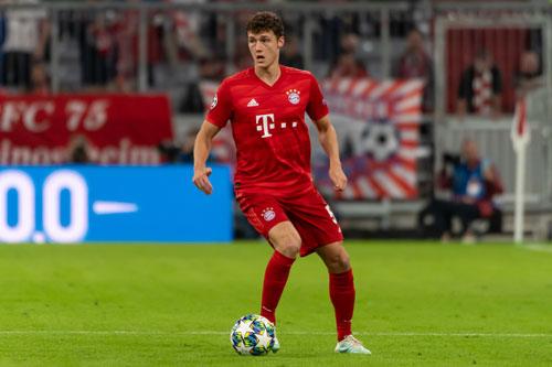 =7. Benjamin Pavard (Bayern Munich mua từ Stuttgart năm 2019, với giá 35 triệu euro).