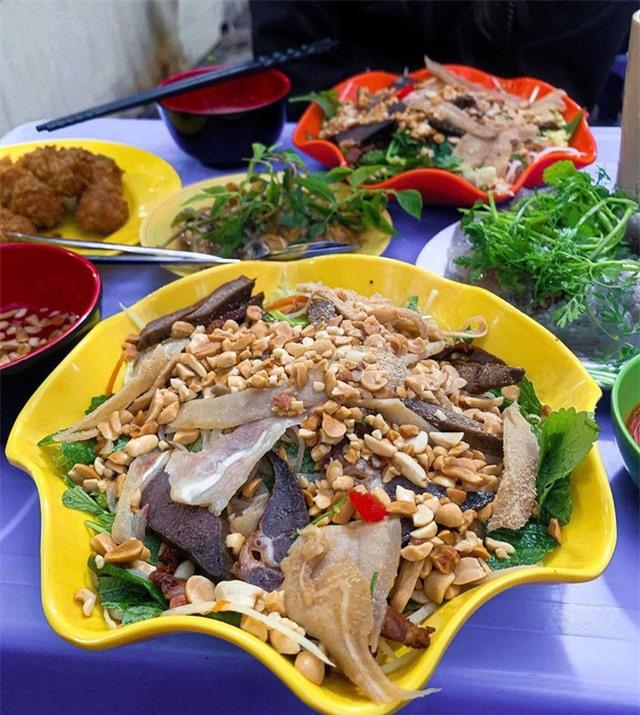 Loạt món trộn ngon được yêu thích ở Hà Nội - Ảnh 3.
