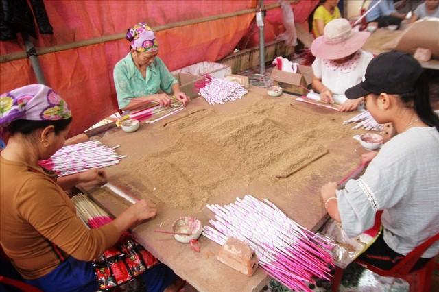 HTX làng nghề truyền thống đang dần khẳng định được chỗ đứng nhất định tại các địa phương (Ảnh: TL)