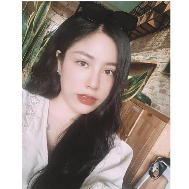 Truyền thông Trung Quốc hết lời khen ngợi nữ cơ phó xinh đẹp người Việt - 5