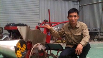 Nhà sáng chế trẻ bên sản phẩm hữu dụng cho nông nghiệp.