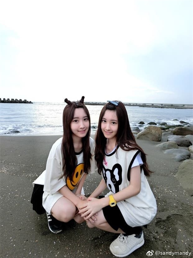 4-cap-song-sinh-xinh-dep-ngoisaovn-w620-h827 2