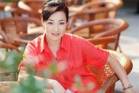 Hoàng hậu độc ác của Hoàn Châu cách cách: Người phụ nữ tài ba bị con gái 'chối bỏ', mang tiếng ác suốt 20 năm 8
