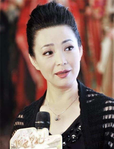 Hoàng hậu độc ác của Hoàn Châu cách cách: Người phụ nữ tài ba bị con gái 'chối bỏ', mang tiếng ác suốt 20 năm 6