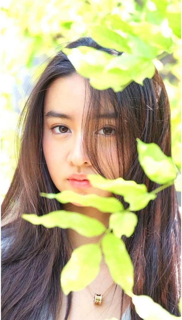 Vẻ đẹp trong veo như nàng thơ của người mẫu 17 tuổi Nhật Bản - ảnh 13