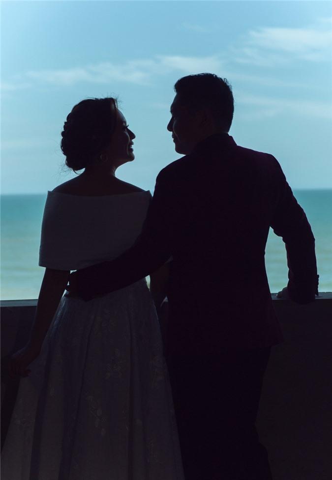 Vợ chồng Thanh Thúy - Đức Thịnh tung bộ ảnh đẹp ngất ngây trời mây nhân kỷ niệm 12 năm ngày cưới - Ảnh 4.