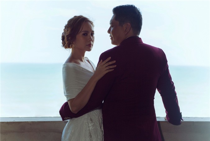 Vợ chồng Thanh Thúy - Đức Thịnh tung bộ ảnh đẹp ngất ngây trời mây nhân kỷ niệm 12 năm ngày cưới - Ảnh 8.