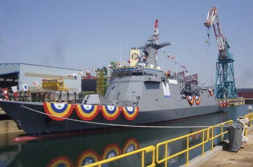 Khinh hạm BRP Jose Rizal của Hải quân Philippines đã lên đường về nước. Ảnh: HHI.