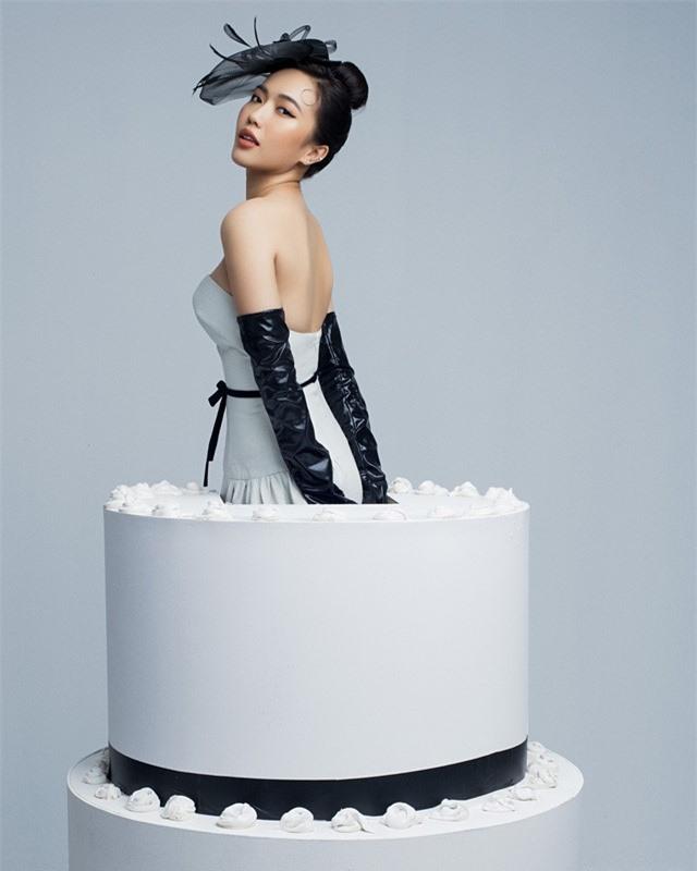Diệu Nhi đẹp chất ngất bên bánh gato mừng tuổi 29 - Ảnh 2.