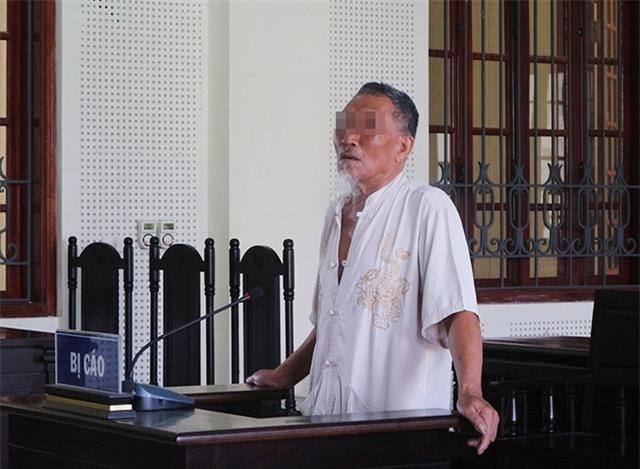 Dùng khăn tang trói em trai, cụ ông 81 tuổi hầu tòa - 1