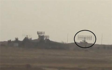 Phat hienF-22 co phai cong cua JY-27?