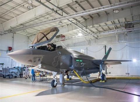 'S-400 gay thiet hai nang cho F-35'