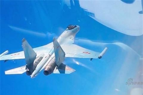 Trung Quoc dua Su-35SK toi bien gioi dau Su-30MKI An Do