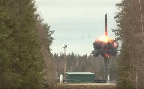 Lực lượng tên lửa chiến lược Nga sẽ đẩy mạnh việc tái vũ trang bằng tổ hợp RS-24 Yars. Ảnh: Topwar.