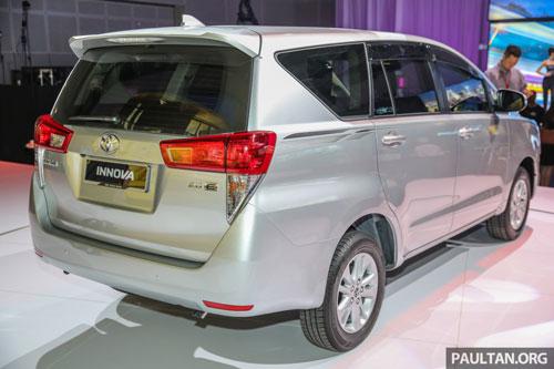 2. Toyota Innova (doanh số: 455 chiếc).