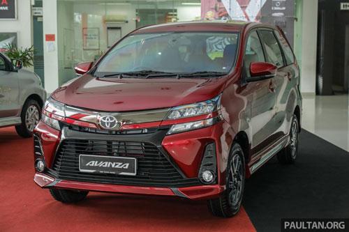 =6. Toyota Avanza (doanh số: 277 chiếc).