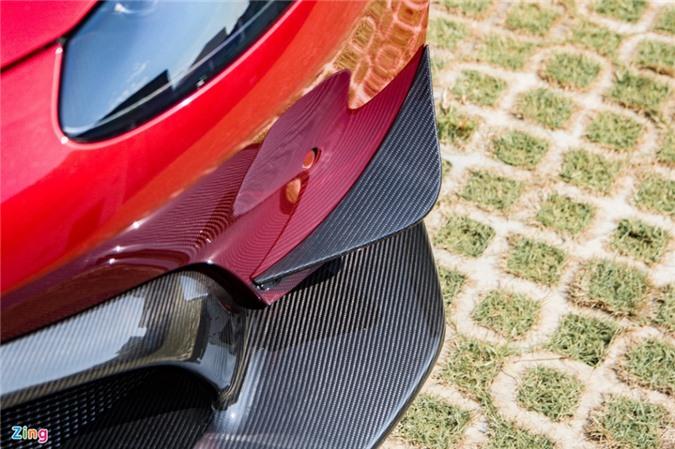 Aston Martin Vantage với bộ kit xe đua tại Việt Nam ảnh 05