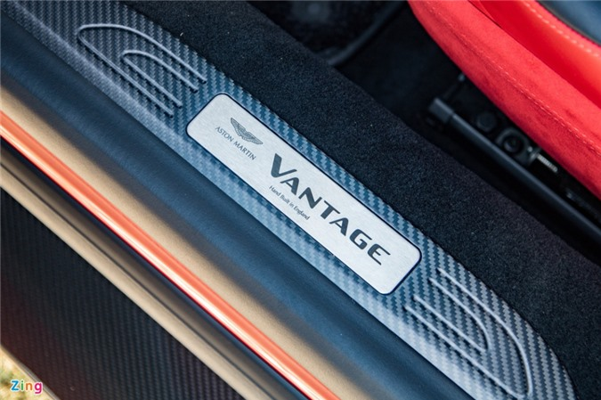 Aston Martin Vantage với bộ kit xe đua tại Việt Nam ảnh 07