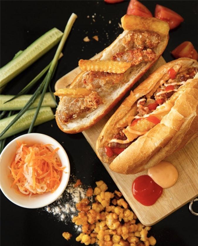 Bánh mì nem khoai và 5 món ăn xế chiều hút giới trẻ ở TP.HCM ảnh 01
