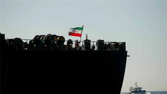 Kịch bản Mỹ tấn công tàu dầu Iran: Điều trùng hợp lạnh người với vụ sát hại tướng Soleimani - Ảnh 3.