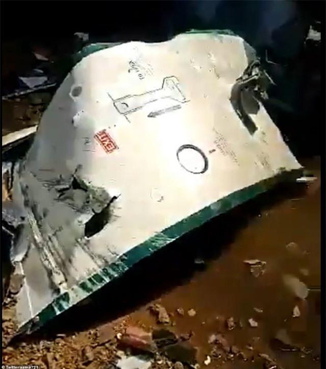 Máy bay Pakistan lao xuống khu dân cư, toàn bộ 107 người thiệt mạng - 3