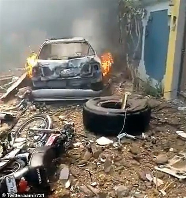 Máy bay Pakistan lao xuống khu dân cư, toàn bộ 107 người thiệt mạng - 6
