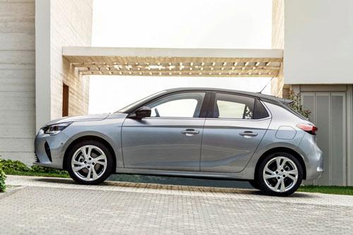 9. Opel Corsa (doanh số: 56.909 chiếc).