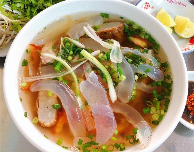 Bún sứa và 7 món ăn lạ vị đáng thử khi tới Nha Trang ảnh 02