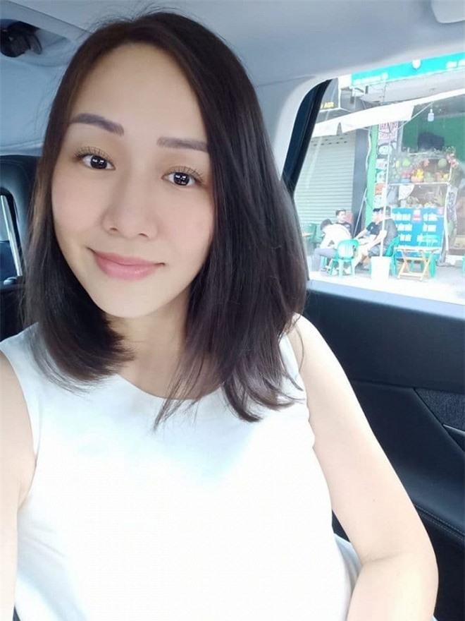 Hoa hậu Ngô Phương Lan cắt tóc 2