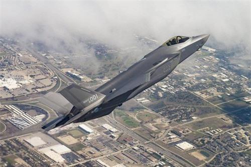Tiem kich F-35 thieu linh kien, Tong thong Trump do loi cho ong Obama-Hinh-3