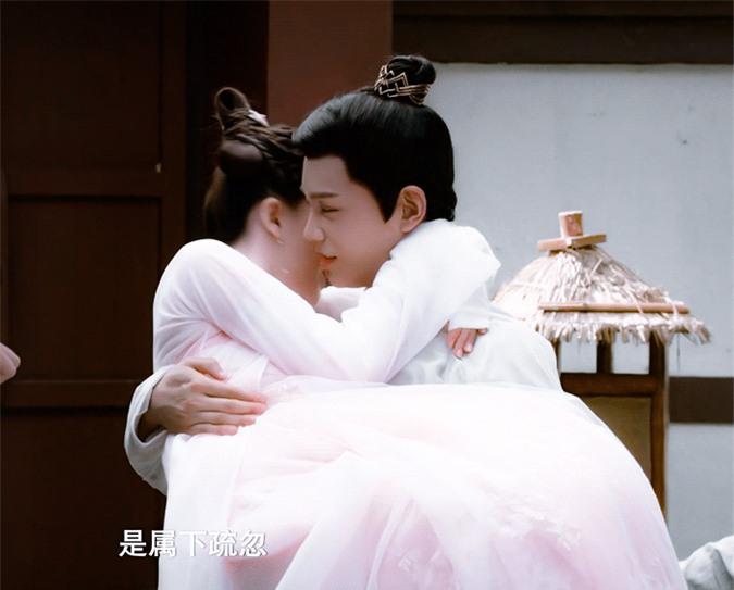 Rầm rộ là vậy nhưng Hạnh Phúc Trong Tầm Tay của Địch Lệ Nhiệt Ba lại thua toàn tập trước Tiểu Song Hye Kyo - Ảnh 10.