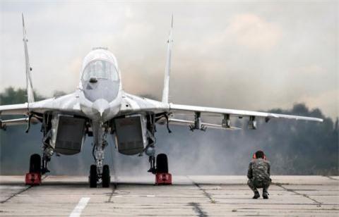 Bi an phi doi MiG-29SMT xuat hien tai Hmeymim