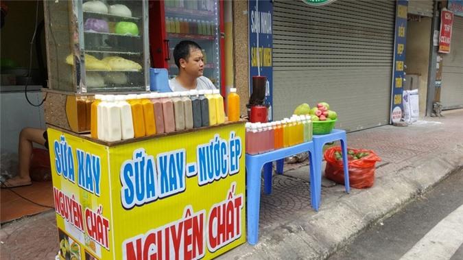"""kinh doanh giai khat o via he ha noi """"hot bac"""" mua nang nong hinh 1"""